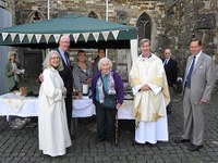 Bishop Tim Returns to Wimborne