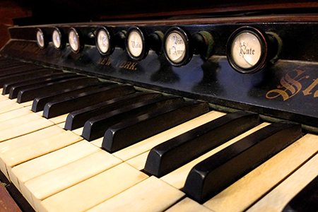 Replacement organ strikes the right note